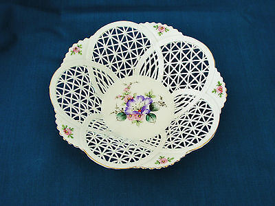 """SUMI ROMANIA PORCELAIN - DELICATE RETICULATED BASKET WEAVE 5 3/4"""" BOWL / DISH"""