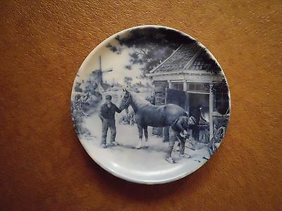DELFT BLAUW Mini Plate, Made in  HOLLAND, BLUE,  HORSE Windmill