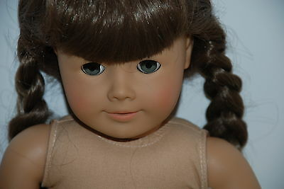 American Girl Pre-Mattel PLEASANT COMPANY early 1990s MOLLY DOLL brown hair NICE