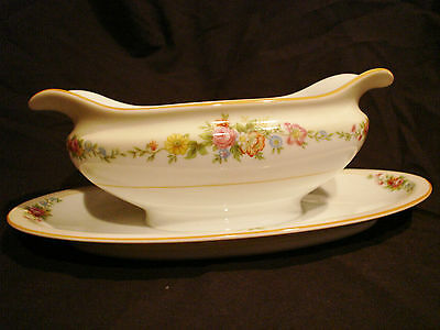 Vintage Imperial China Floral Pattern Gravy Boat W/ Underplate