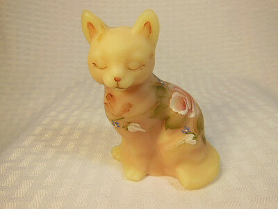 Fenton Hand Painted Burmese Cat White Roses Signed L. Everson RARE