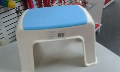 Plastic Kids Steps Stools select from 3 colours 100kg max Home Daycare