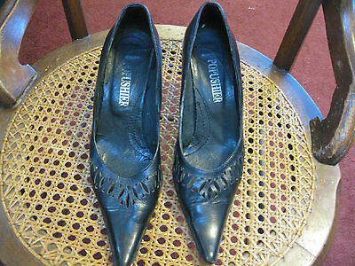 CIRCA 1935  POPUSHIER VERO CUOIO HALLOWEEN WITCHES SHOES MADE IN ITALY SIZE 35