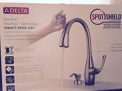 BRAND NEW DELTA DOMINIC TOUCH2o 1 HANDLE PULL DOWN KITCHEN FAUCET