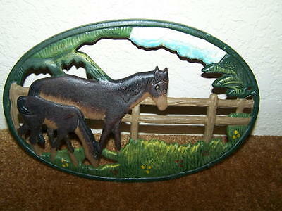 NICE! VINTAGE HEAVY CAST IRON HORSE THEME TRIVET - HAND PAINTED - COLLECTIBLE