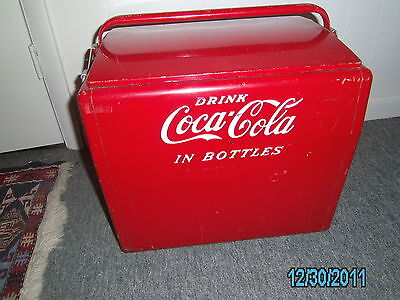 VINTAGE 1950'S CAVALIER COCA COLA COOLER WITH TRAY.  **LOCAL PICKUP ONLY**