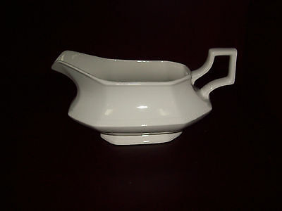 Johnson Brothers Heritage White Gravy Boat Made In England ~ No Underplate