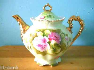 Lefton Green Heritage Teapot With 22 KT Gold Handle And Spout- Pat. Pending