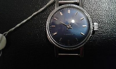 VERY RARE SLAVA-OLD VINTAGE SOVIET RUSSIAN MECHANIKAL WATCH 17-JEVELS