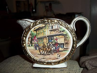 RARE Sadler #1961 12oz Milk Jug Creamer Pitcher COLONIAL PEOPLE, GOLD TRIMED