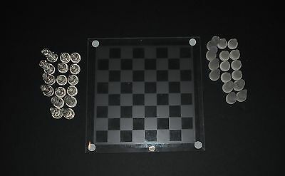 ELEGANT GLASS CHESS SET CLEAR & FROSTED PIECES SMOKED BOARD GREAT CONDITION