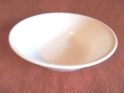 Retired Corning Corelle White Winter Frost 8 1/2 Inch Serving Bowl-EXCELLENT!