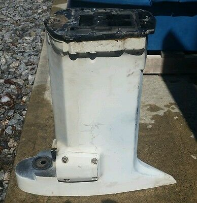 1996 Johnson/Evinrude 150/175 hp mid-section with exhaust plate - FREE SHIPPING
