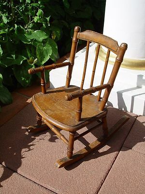 Antiker Schaukelstuhl 19. Jhdt. antique rocking chair 19th century