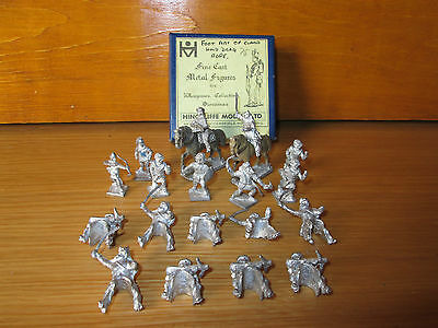 22FP LOT OF 20 VINTAGE HINCHLIFFE LEAD ARAB FIGURES WITH AUTHENTIC BOX