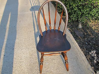 Colonial Windsor Bow Back Child's Chair