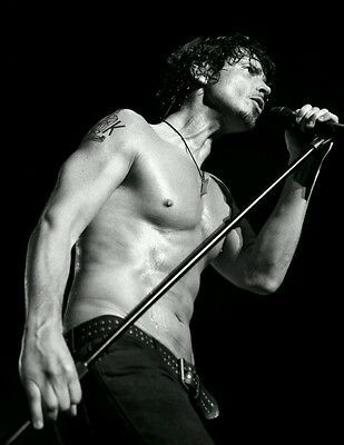 "Chris Cornell Soundgarden Lead Singer 1964-2017 R.I.P B&W Silk Poster 21""×14"""