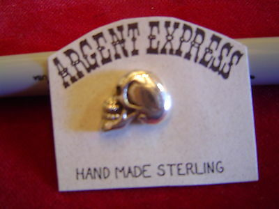 Motorcycle Pin: Sterling profile SKULL with Screw Clutch.