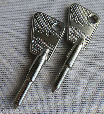 2 x SILCA - VAC64S KEY BLANKS FOR RENAULT VEHICLES (NEW OLD STOCK)