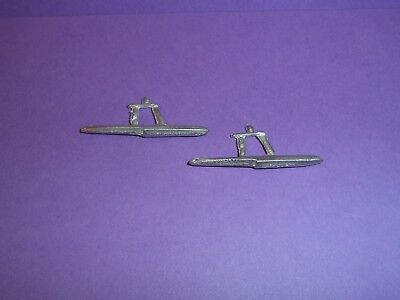 Dinky Seaplane No.63b Floats x2 white Metal Casting / spare parts