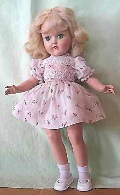 VINTAGE 1950'S IDEAL 14 INCH TONI P-90 PLASTIC DOLL IN ORIGINAL DRESS