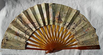 OLD FAUX TORTOISESHELL  WITH IMPORTANT APPLICATION IN GOLD HAND FAN 19 TH IN BOX