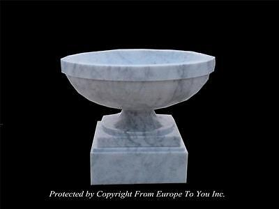 Beautiful Carrara Marble Hand Carved Estate Garden Urn - Cu50