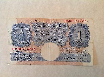 Lot of 2 notes -Great Britain One Pound George VI 1940-1948 Peppiatt P 367a