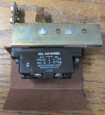 NEW NOS Cutler Hammer DS200EK1 Auxiliary Contact Kit 10316H89A
