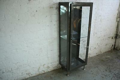 VINTAGE INDUSTRIAL STRIPPED METAL DOCTORS MEDICINE CABINET CUPBOARD #1123b