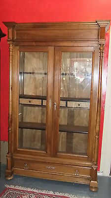 armoire vitrine biblioth que ancienne bois noyer blond. Black Bedroom Furniture Sets. Home Design Ideas