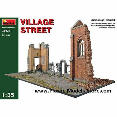 Plastic Model Village Street Diorama 1/35 Miniart 36029