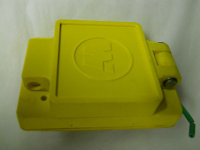 Daniel Woodhead 15A 125V Watertite Receptacle & Cover Plate -Pad Lockable - New