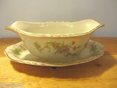 Syracuse China Federal Shape Gravy Boat w.attached underplate in Dearborn