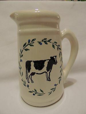 THE CROCK SHOP Cow Pitcher 24oz. Beige w/Leaf Wreath and Cow in Center EUC!