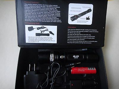 800 LM 50W LED rechargable Torch Zoomable flashlight 18650+2X charge YY754 USA