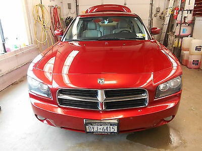 Dodge : Charger R/T HEMI  CHARGER R/T 5.7L HEMI, SUNROOF, 6-CD/MP3/XM, TRACTION,