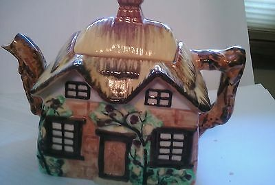 vintage cottageware teapot made in occupied japan