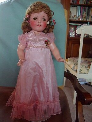 IDEAL USED VINTAGE COMPOSITION MINT IN BOX SHIRLEY TEMPLE DOLL RARE CINDERELLA !