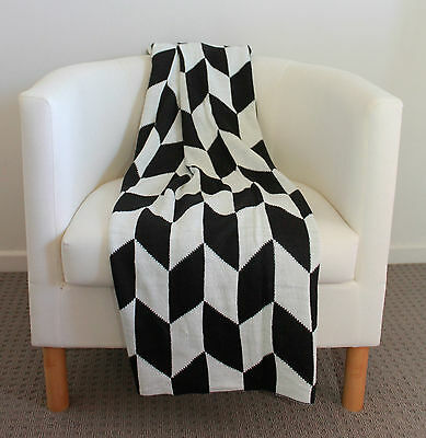 Black White Chevron Knitted Throw Bed Sofa Couch Blanket Rug Soft Acrylic Decor
