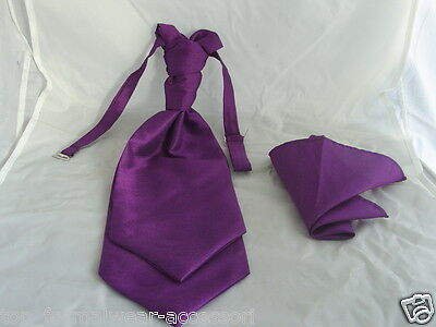 GG Cadburys  NEW- Purple-MENS Ruche Wedding Polyester Tie-Cravat and Hankie Set