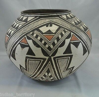 Important Historic Period Antique Zuni Indian Polychrome Pottery Olla c1890-1920