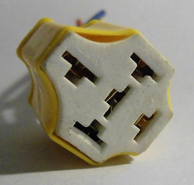 1 x Connector Socket Harness Ceramic Relay 5 Pin Ways Universal Heat Resistance