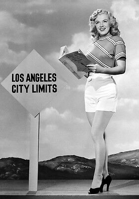 Sexy Photo 8.25x11.75 Marilyn Monroe Glamorous Shorts promoted Los Angeles #058