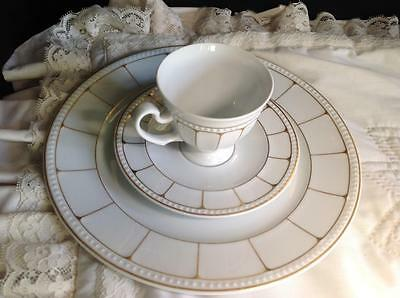 "TIRSCHENREUTH ""VISCONTI"" White with Gold Porcelain Tea Cup, Saucer & 10"" Plate"