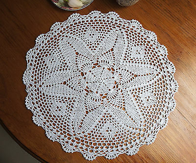 Pure Cotton Yarn Hand Crochet Lace Doily Placemat Round 43CM White/Ecru FP02