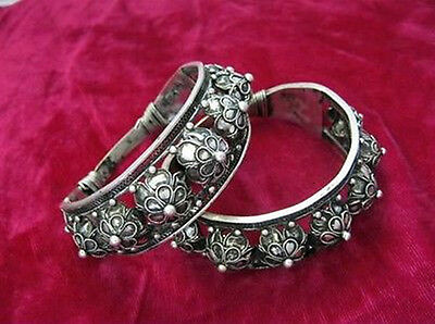 Vintage Style Handmade Miao Silver Big Wide mouth Bracelet 1 pair