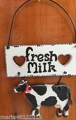 FRESH MILK,Sign Cow,Hearts,wood hanger,16cmW x26cmH x1 .2cmD,Hand Painted,Crafts