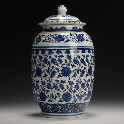 chinese handmade blue and white porcelain pot qianlong marked 2