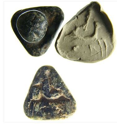 North Syrian Triangular Black Stone Seal Showing Horse and Rider (D1000)